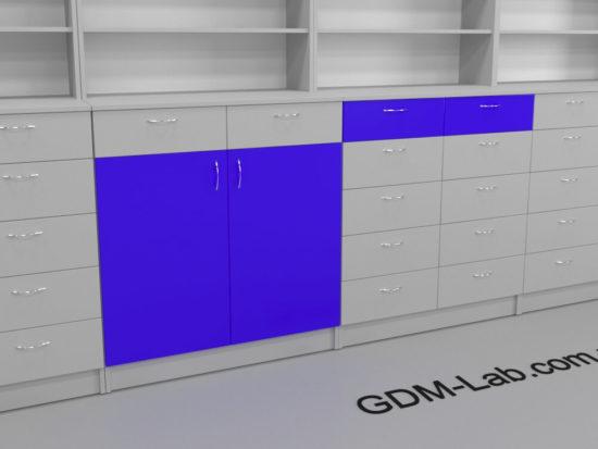Ящики и дверки в задних шкафах аптеки