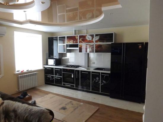 Кухня с глянцевой фотопечатью