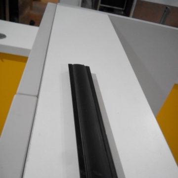 Врезной крашеный профиль для светодиодной ленты