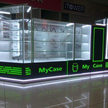 Торговый островок мобильных аксессуаров с подсветкой