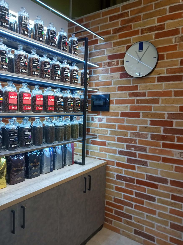 Полки для магазина кофе