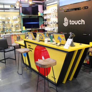 Стойка продавца (ресепшн) в магазин электроники