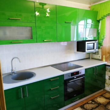 Кухня с фасадами из крашеного МДФ