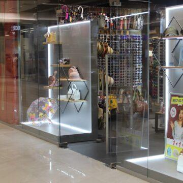 Магазин головных уборов и аксессуаров