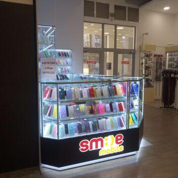 Торговый островок для мобильных аксессуаров и гадежтов SmileMobile