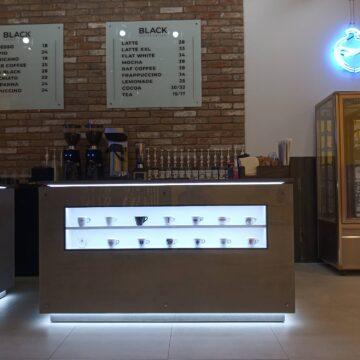 Стойка продавца для кофейни