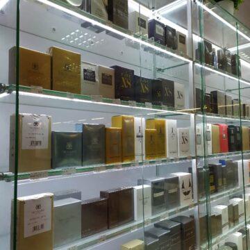 Витрины для магазина парфюмерии